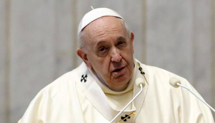 Ferenc pápa gyengélkedik, lemondta a szilveszteri szertartások vezetését – Index