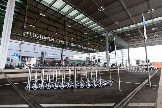Magyarországra még jöhetnek a brit repülők, nyolc EU-s országba már nem – hvg