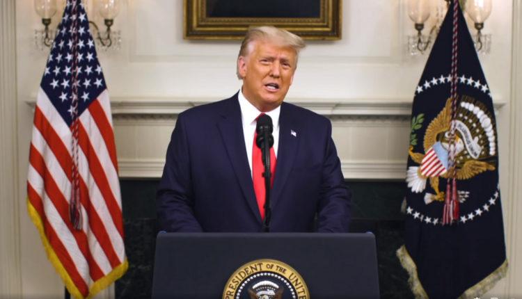 Átment a képviselőházon Donald Trump eltávolításának terve – Portfolio