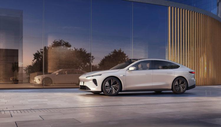 Előretör a Tesla riválisa, új modellt mutatott be a hétvégén – Portfolio