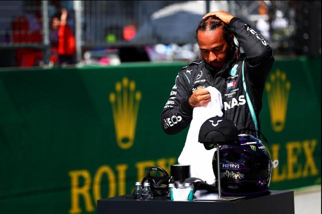 Russell ülhet a Mercedesbe, ha Hamilton nem hosszabbít időben? – Origo