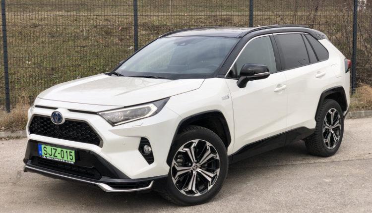Étvágytalan és 306 lóerős, csak az árát ne kérdezzék – Toyota RAV4 PHEV teszt – Origo