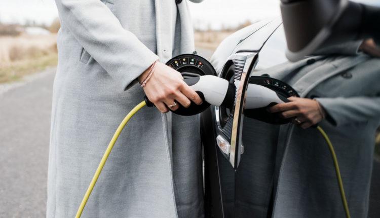 Öt perc alatt feltölthető akkumulátort fejlesztett elektromos autókhoz egy izraeli cég – Portfolio