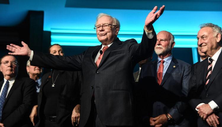Soha nem volt még ilyen gazdag Warren Buffett: 100 milliárd dollár felett a vagyona – Portfolio
