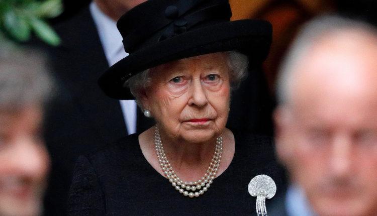 Felülírja a gyász II. Erzsébet mai születésnapját – Index