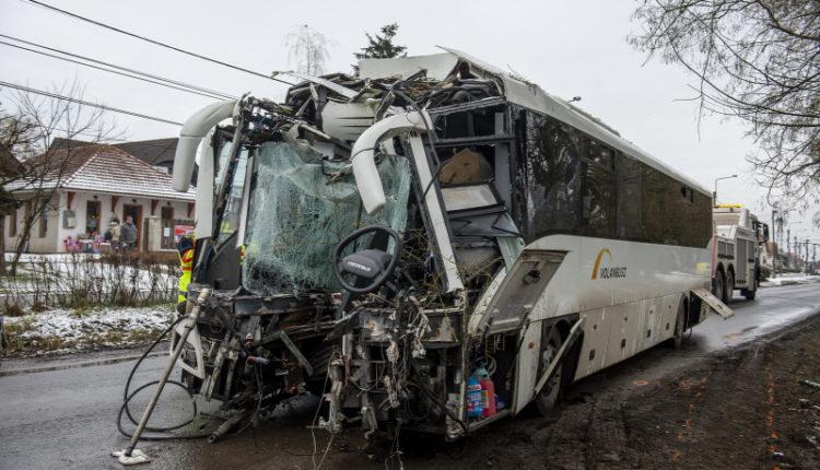 Halálra gázolták a lőrinci buszbaleset túlélőjét – Origo