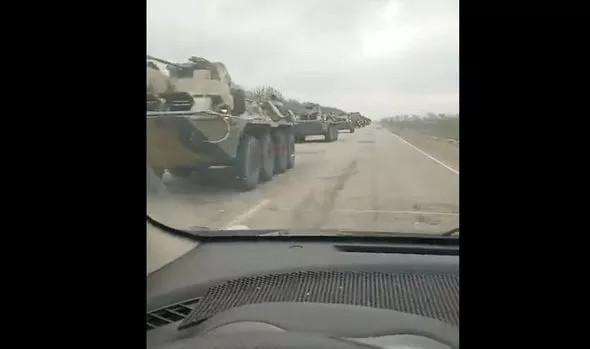 Izgalmas felvételek szivárognak az ukrán határon felvonuló félelmetes orosz fegyverarzenálról – Portfolio