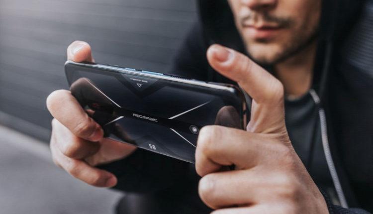 Óriási fejlődés előtt áll a mobiltechnológia – Origo