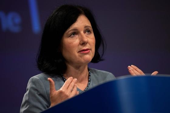 Oroszország kitiltotta az Európai Parlament elnökét és az Európai Bizottság alelnökét is – hvg