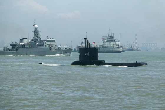 Világ: Megtalálták az eltűnt indonéz tengeralattjáró egyes darabjait | hvg.hu – hvg