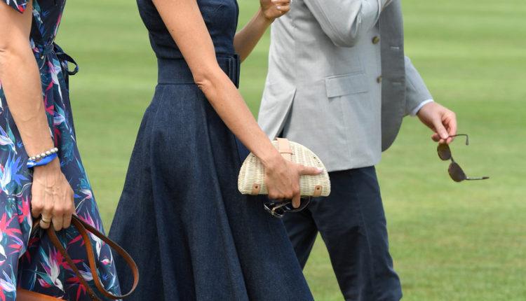 Harry herceg ezt nagyon elbaltázta Meghan hercegnénél: ő is tehet arról, hogy vissza kellett vonulniuk – Femina
