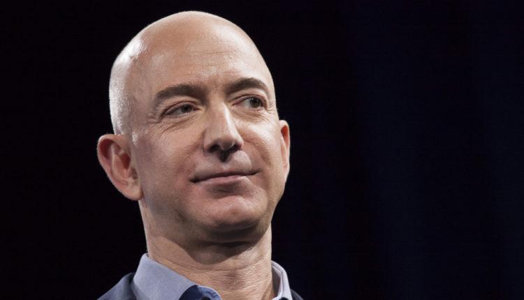 Jeff Bezos űrtúrára készül, jövő hónapban repül a saját cégének rakétájával – Portfolio