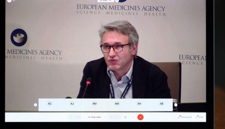 Megszólalt az Európai Gyógyszerügynökség, a 60 év felettieknek se adjanak AstraZenecát – Index