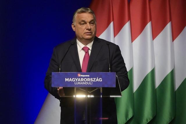 Orbán Viktor tücsök, nem hangya: ha pénzt lát, azonnal elkölti a választások előtt – hvg