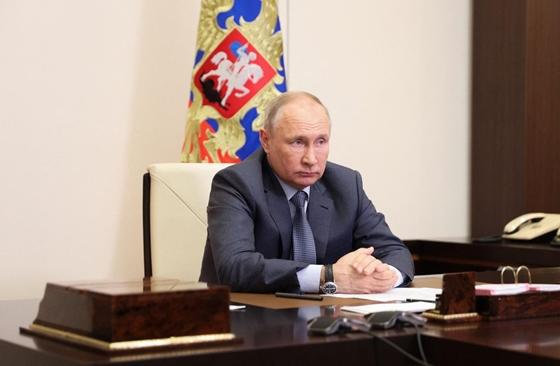 Putyin: Az Egyesült államok a Szovjetunió útján halad – hvg