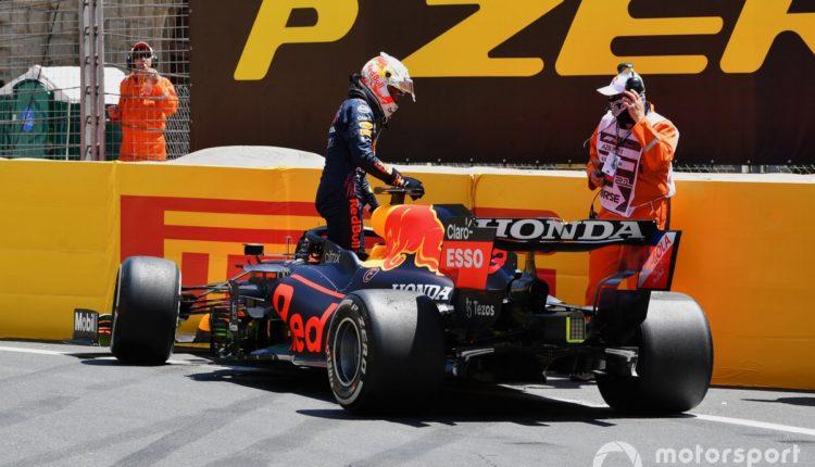 Videó: Így dobta el Verstappen a Red Bullt a harmadik szabadedzésen az Azeri Nagydíjon – Motorsport