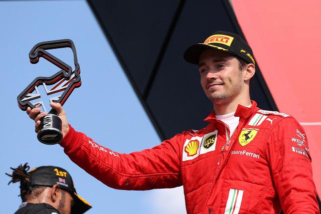 Hamilton szerint Verstappen nem hagyott neki elég helyet a baleset előtt – Origo