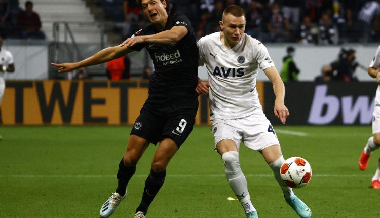 Az Atlético Madrid télen le akarja igazolni a magyar válogatott védőjét – Origo