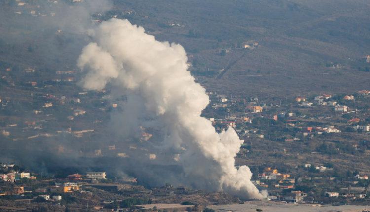 Egyre veszélyesebb a helyzet La Palma szigetén, újabb kráter nyílt a vulkánon – Index