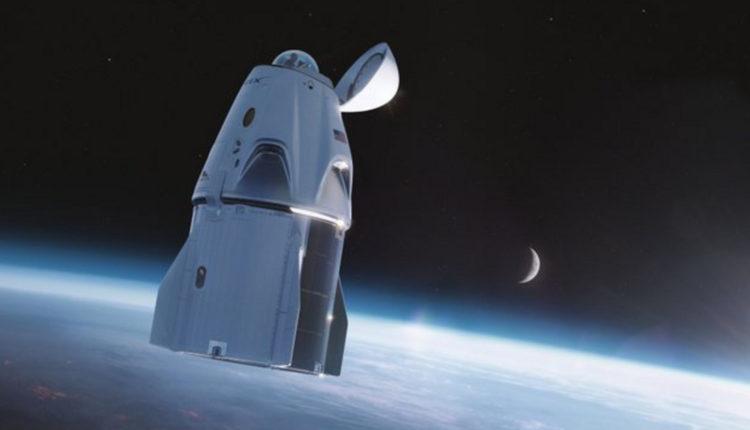 Falcon 9: indul az első űrutazás civileknek – Index