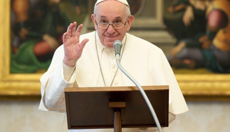 Ferenc pápa ünnepi szentmiséje zárja az eucharisztikus kongresszust – Origo