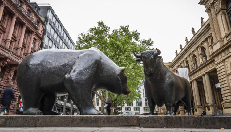 Harmadik napja esik a Dow és az S&P 500 – Portfolio