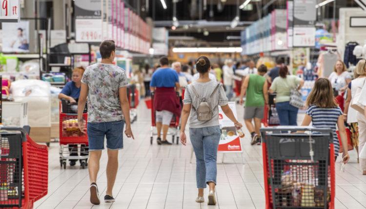 Kiderült, milyen tervei vannak az Auchannak Magyarországon – Origo