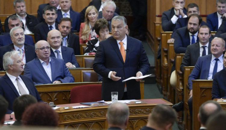 Orbán Viktor: A cél a munkát terhelő adók csökkentése – Origo