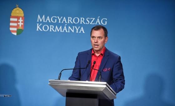 Szlávik: A kórházba kerülők 90 százaléka semmilyen oltást nem kapott – hvg