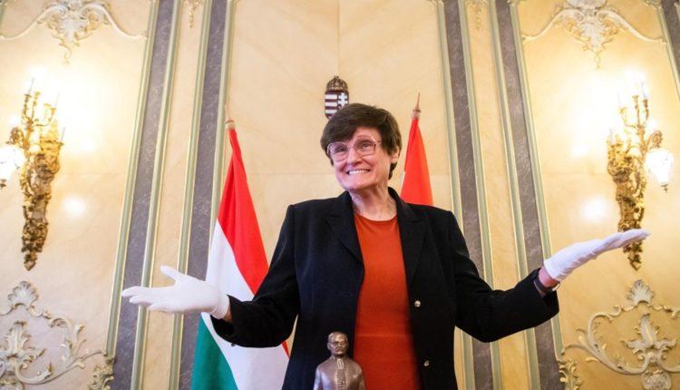 Balogh Csaba: Karikó Katalin, a Nobel-díj és a való világ – hvg