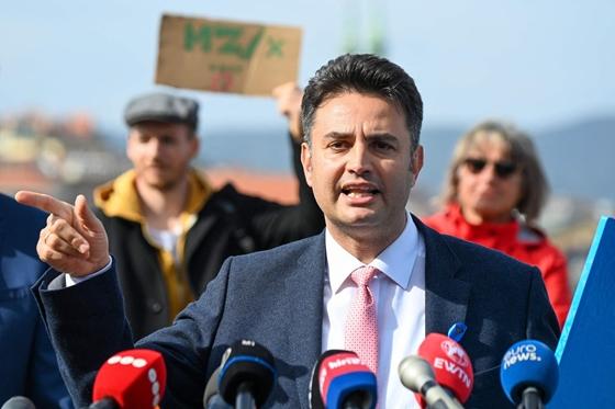 Márki-Zay az Azonnalinak: Aki a gyereknevelésem miatt hatalomban tartja Orbánt, az meg is érdemli – hvg