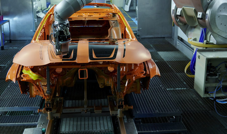 Új eljárással festhetők könnyen bármilyenre a BMW-k – TotalCar